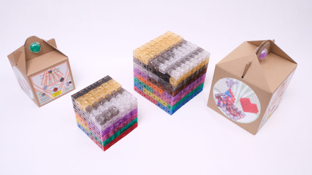 Packages of 216pcs and 512pcs building beads and arrangement